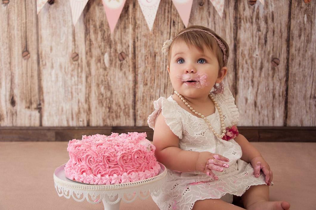 smash the cake, primer año, fotos con torta, fotos de bebes, fotografía intantil, fotografo de bebes, book infantil, cumple de 1 año, Bautismos,